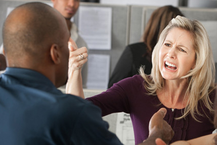 תביעת אובדן כושר עבודה בעקבות תאונת עבודה שנגרמה עקב ריב מילולי קשה